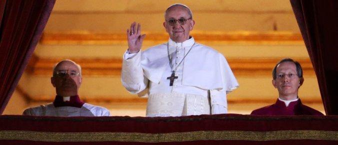 r-POPE-FRANCIS-huge